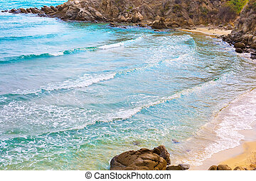 beach background with turquoise sea water waves