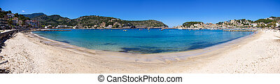 Beach in Puerto de Soller, Mallorca, Spain