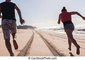 Beach Ocean Explore Holidays - Girl Boy Beach Morning ...