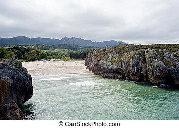 Cuevas del Mar - Beach of Cuevas del Mar, Nueva de Llanes -...