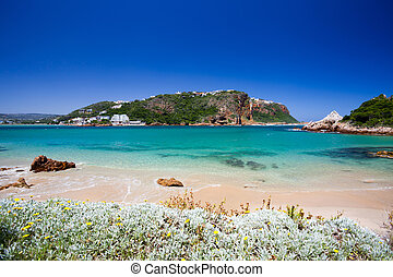 beach of Knysna, South Africa - beach of Featherbed nature ...