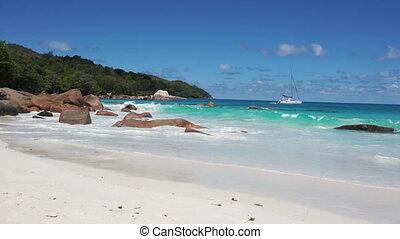 beach on seychelles islands