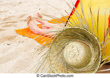 Beach tent with straw hat