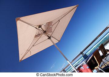 beachfront, parapluie