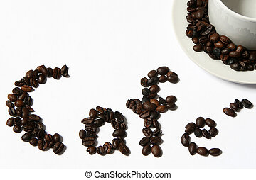 Beans with the word coffee written in Portuguese