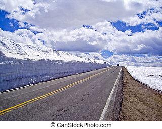 Beartooth Highway in Spring
