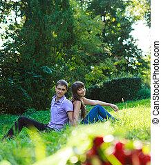 beau, été, couple, parc