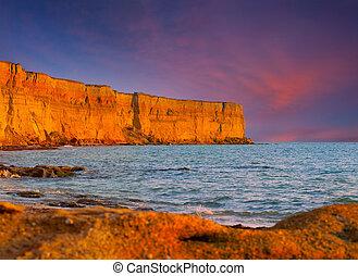 beau, été, marine, à, énorme, cliff., levers de soleil