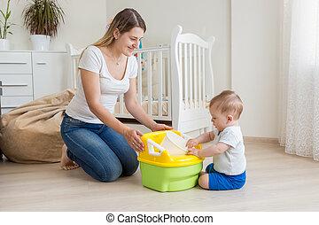 beau, 10, vieux, elle, pot, mois, jeune, fils, enseignement, mère, bébé, utilisation