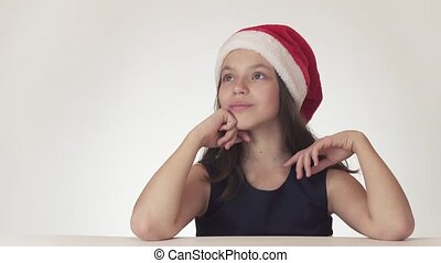beau, adolescent, anticipation, santa, séance, claus, cadeau, fond, rêver, expresses, girl, chapeau, blanc, bonheur
