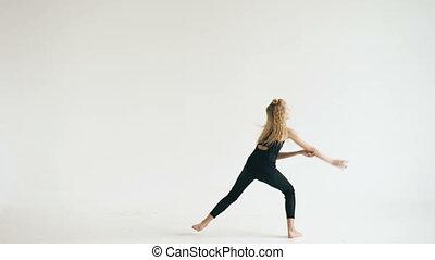 beau, adolescent, danse, danseur, contemporain moderne, intérieur, fond, girl, blanc