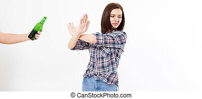 beau, alcoolisme, femme, alcool, non, concept., boisson, isolé, space., refused, arrière-plan., mauvais, habitudes, brunette, femme, anti, blanc, copie