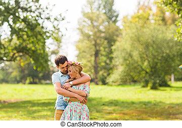 beau, amour été, parc, couple, hommes, ensoleillé, jeune, étreindre, jour