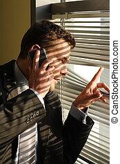 beau, appeler, téléphone, top secret, homme