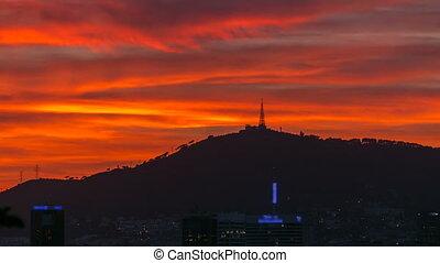 beau, après, nuages, timelapse, ciel, barcelone, coucher soleil, rouges, espagne