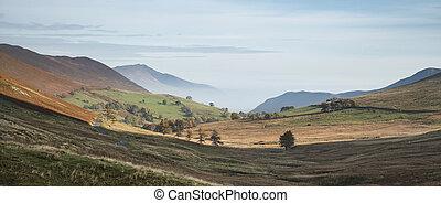 beau, automne, automne, levers de soleil, brumeux, paysage, image, sur, campagne, dans, district lac, dans, angleterre