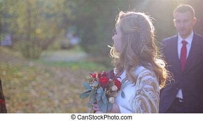 beau, automne, couple, parc, jeune
