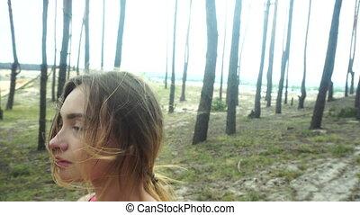 beau, autour de, jeune, sports, courant, forêt, girl