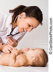 beau bébé, docteur