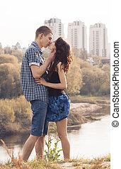 beau, baisers, couple, jeune