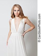 beau, blanc, femme, robe, jeune