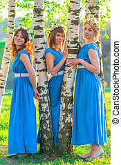 beau, bleu, filles, ensoleillé, parc, trois, jour, robes