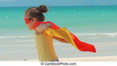 beau, bleu, peu, concept, superhero, fond, habillé, hero., ciel, manteau, clouds., déguisement, mer, jeux, girl, chilhood., masque, rouges, heureux