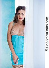beau, bleu, sous-vêtements, femme, amour, cadeau, mode, peignoir, jeune, chemise nuit, debout, mars, fenêtre., lingerie., 8, girl, femmes, jour, mieux