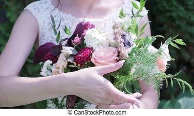beau, bouquet, mariée, mains, mariage