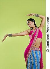 beau, brunette, indien, danse, jeune femme