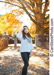 beau, chandail, parc, automne, fond, girl