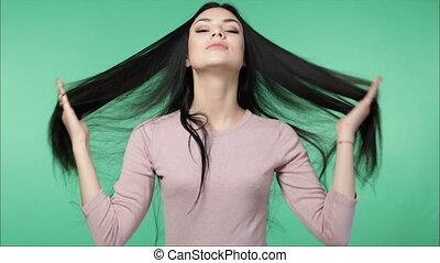 beau, cheveux, femme, jouer, long