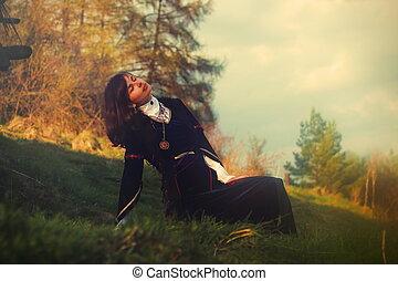 beau, cheveux, femme, pré, ouvert, jeune, sombre, poser, historique, robe, lanscape