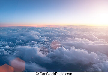 beau, ciel, nuageux, coucher soleil, fenêtre., avion