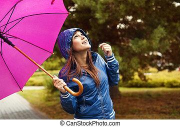 beau, ciel, regarder, femme, parapluie