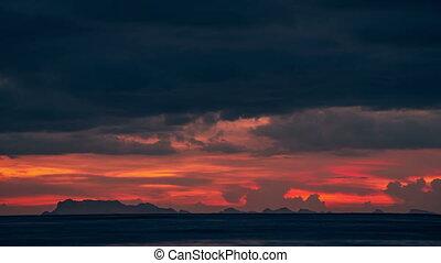 beau, cloudscape, montagnes, sur, timelapse, thani, dramatique, coucher soleil, 4k, mer, surat, thailand., vue