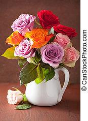 beau, coloré, bouquet, rose, vase, fleurs
