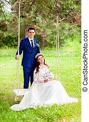 beau, corde, couple, nouveaux mariés, balançoire