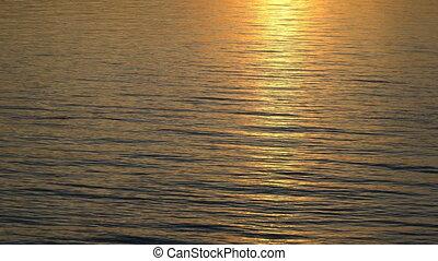 beau, coucher soleil or, reflété, water.