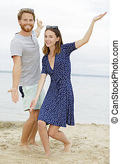 beau, couple, plage
