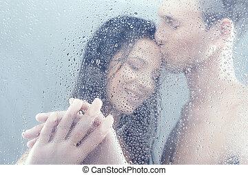 beau, debout, couple, shower., étreindre, douche, quoique, ...