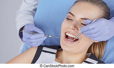 beau, dentaire, de, examen, chaise, girl