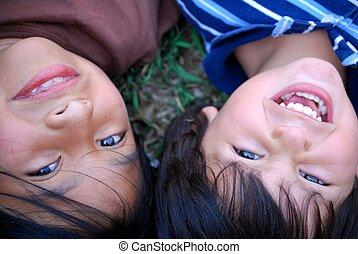 beau, enfants hispaniques