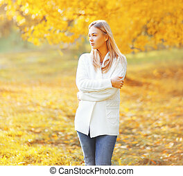 beau, ensoleillé, automne, rêver, portrait, girl, jour