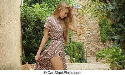 beau, extérieur, poser, jeune fille