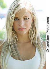 beau, femme souriante, jeune, blonds