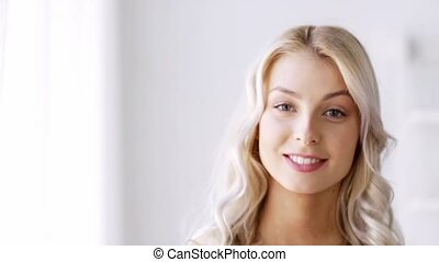 beau, femme souriante, jeune, figure