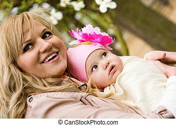 beau, fille, jardin, elle, printemps, jeune, mère, bébé
