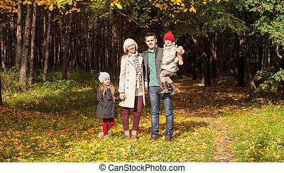 beau, fille, parc, ensoleillé, jeune, promenade, automne, leur, chaud, parents, merveilleux, jour