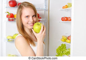 beau, fille souriant, réfrigérateur